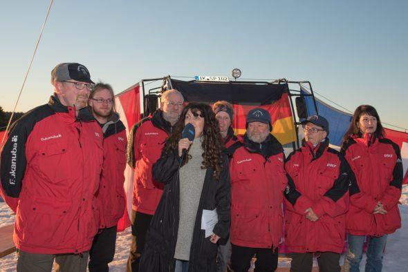 TT-2019-Siegerehrung-Orga-Team-Landraetin-Ilmkreis-Petra-Enders-TA